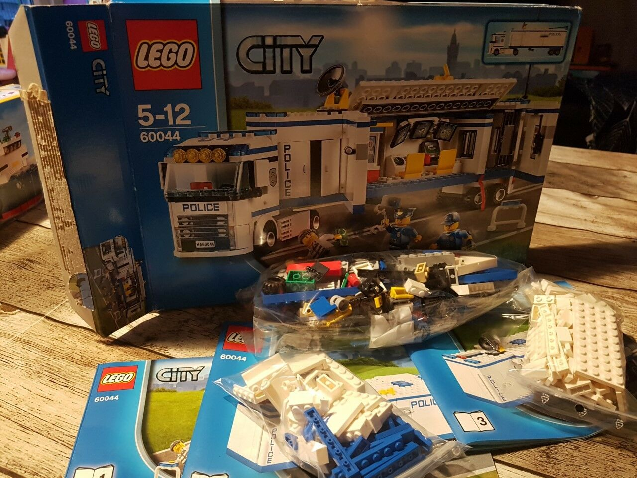 Fin de collection Lego City , Speed champions , creator 3in1 , Technic REF 60044