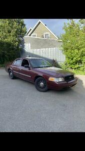 2009 Ford Crown Victoria Police interceptor