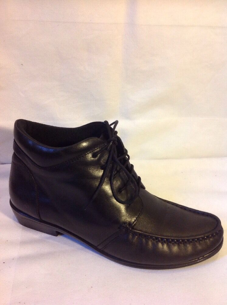 K By Clarks Black Ankle Leather Boots Size 6D