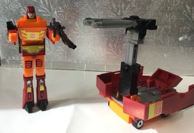 Hasbro 1986 Rodimus Prime transformer