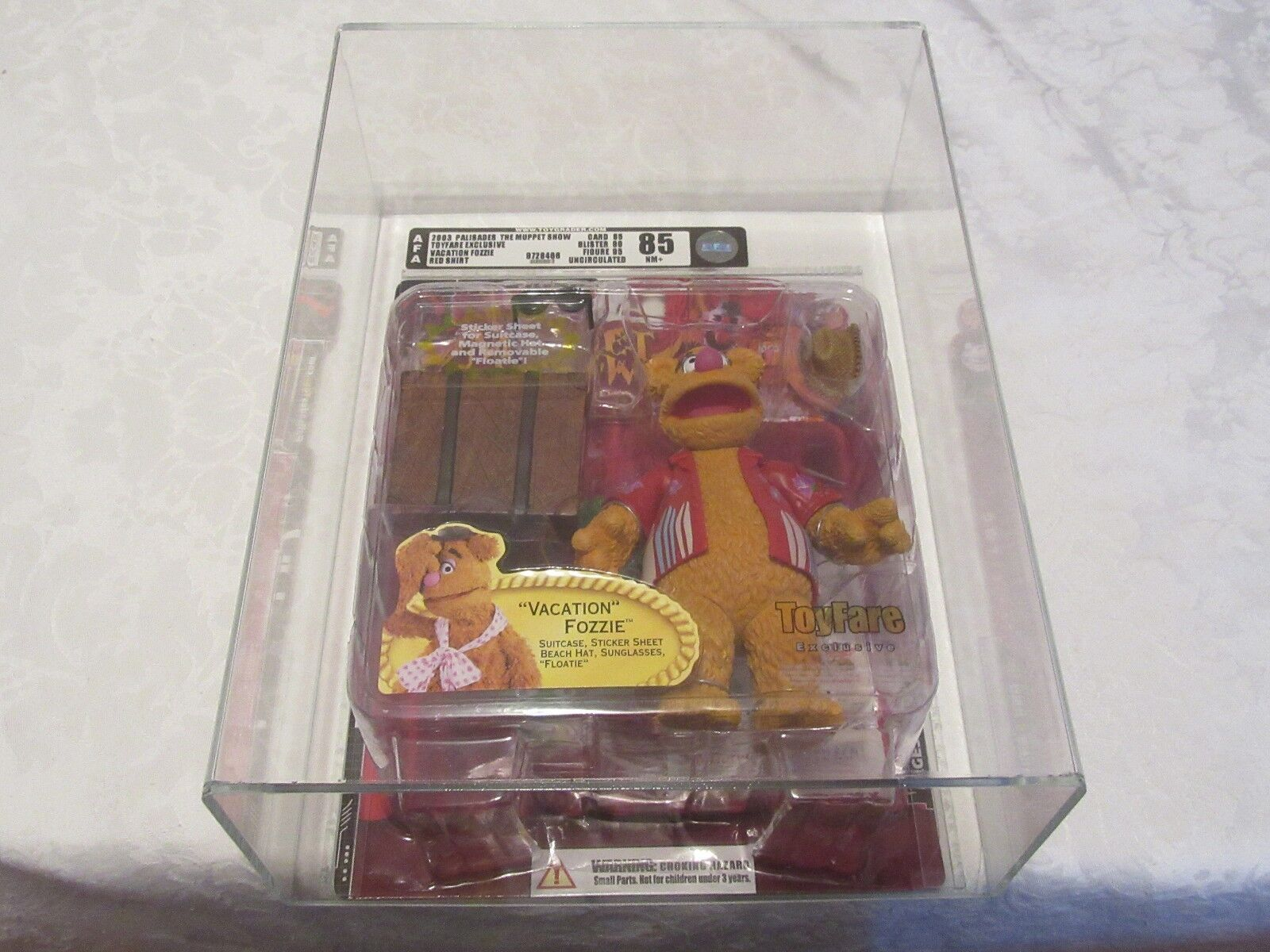 AFA Graded 85 Palisades 2003 Muppet Show Toyfare Exclusive Vacation Fozzie ROT