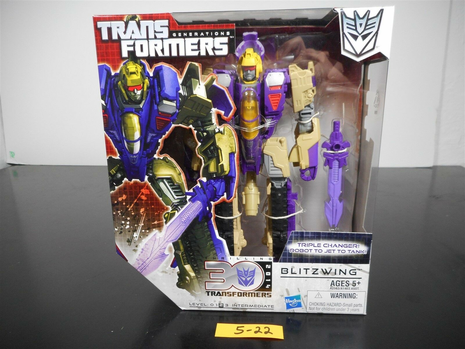 NEW & SEALED  Transformers Générations bliztwing figurine thirlling 30 5-22