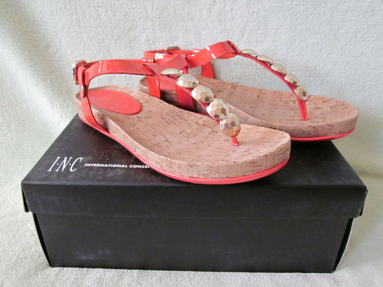 INC Susan 8M Coral Patent Leather Thong Sandal Cork Footbed NIB Really Cute