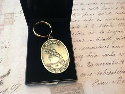 TITANIC KEY RING IN A BOX COLLECTABLE WHITE STAR LINE 1