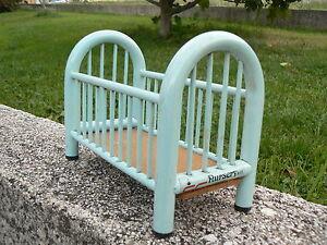 NUOVO Lettino bambole azzurro vintage Nursery