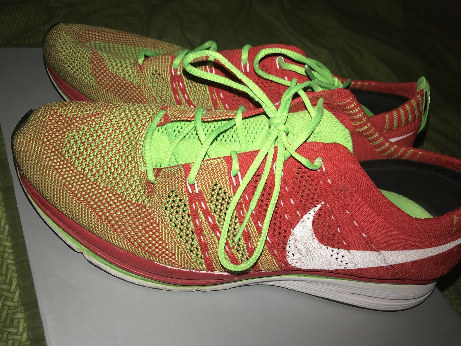 Nike Fly Knit Trainer Electric Green  RedSneakers Shoes Men's Size 11 Rare
