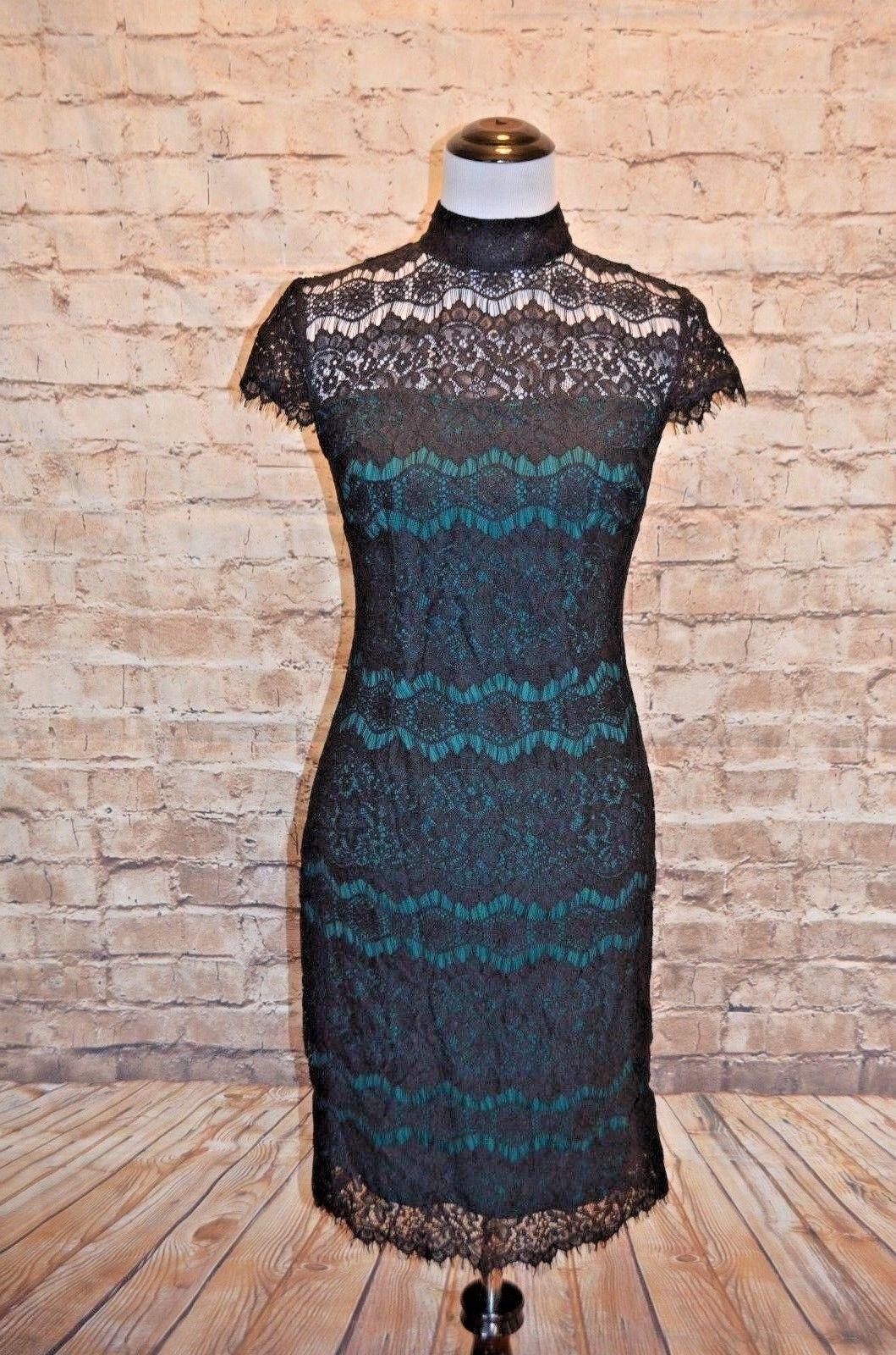 Modcloth Flattery at the Gallery Dress Lace NWT 4 Grün schwarz Sheath high neck
