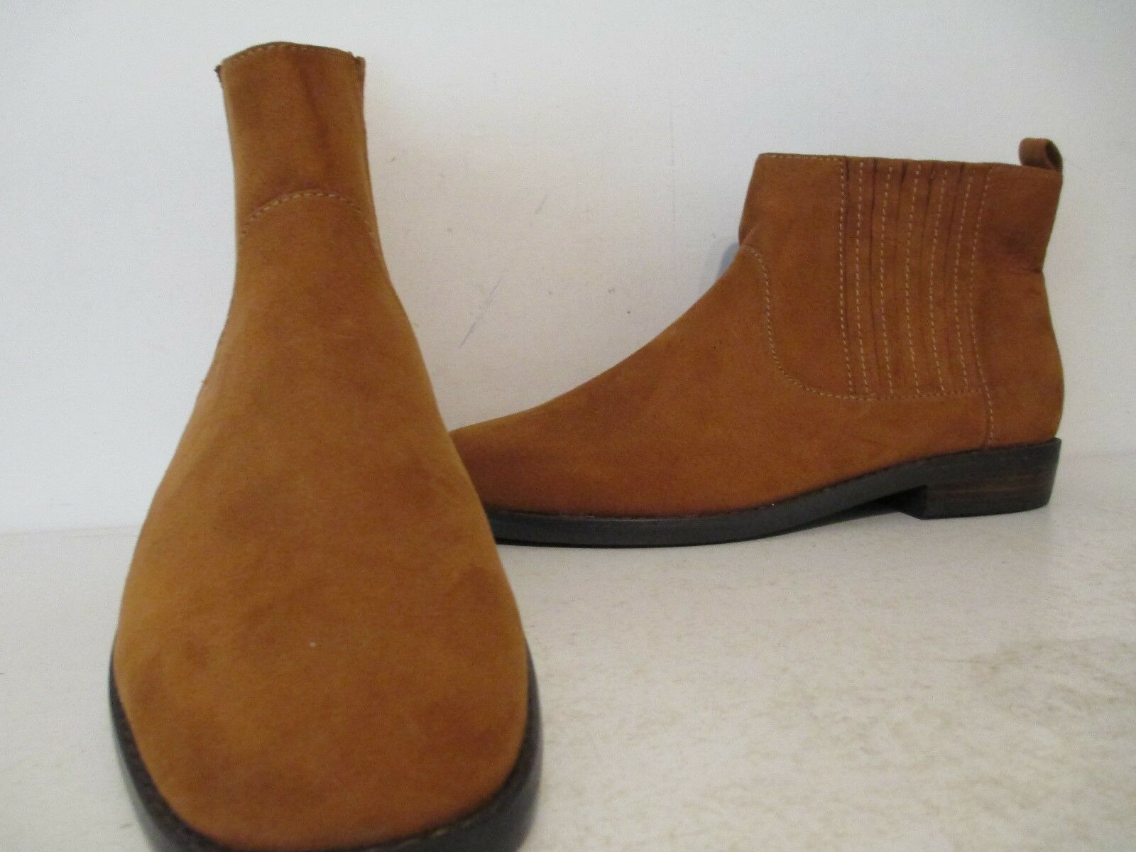 Bass Womens Bridgit Bridgit Bridgit Suede Chic Double Gore Sided Ankle Bootie Toffee Tan Size 6 103dbd