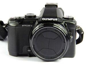 Olympus-Stylus-1s-Digitalkamera-12-MP-10-7x-opt-Zoom-WIFI-FULL-HD-RAW-OVP