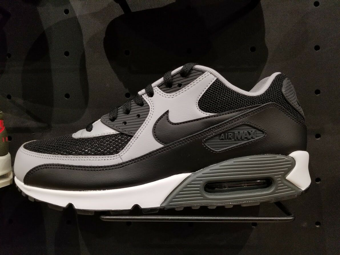 Men's Nike Air Max 90 Essential Running Shoes - Black/Black/Wolf Grey/Anthracite