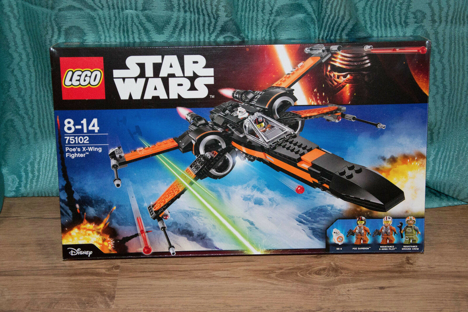 LEGO 75102  Star Wars Poe's X-Wing Fighter   (NOUVEAU- NEW)