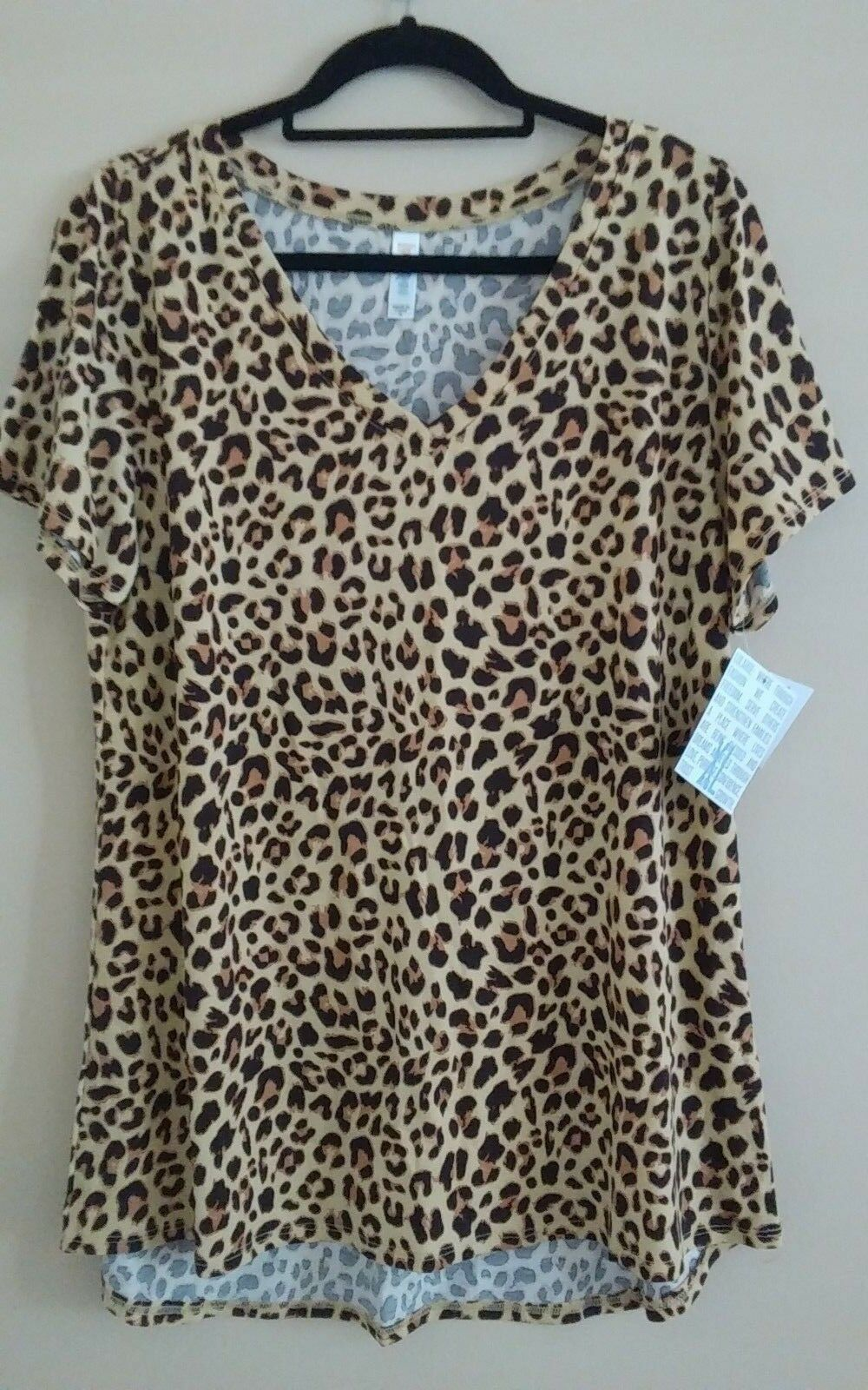 BUTTERY SOFT LULAROE Größe X LARGE  UNICORN CHEETAH PRINT CHRISTY T