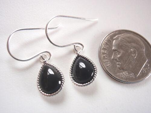 Très petit Noir Onyx Teardrop Dangle Boucles d/'Oreilles Argent Sterling 925