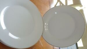 "White Gold Band Dinner Plates by Gibson Everyday 3 10"" Gold band plates"