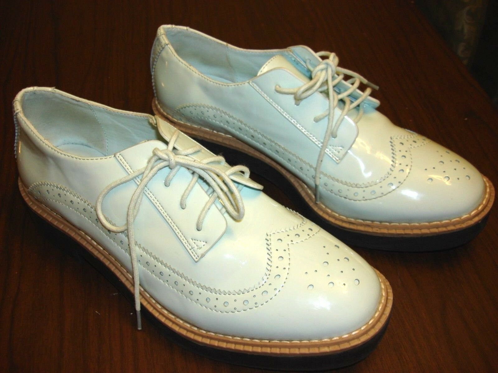 H&M Rubber Sole Light Blue PATENT WINGTIP Scarpe Oxford DIVIDED EUR 39 US Taglia 8