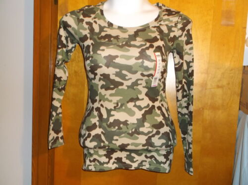 NEW LADY/'S NO BOUNDARIES  GREEN /& TAN CAMOUFLAGE SCOOP NECK LONG SLEEVE T/' SHIRT