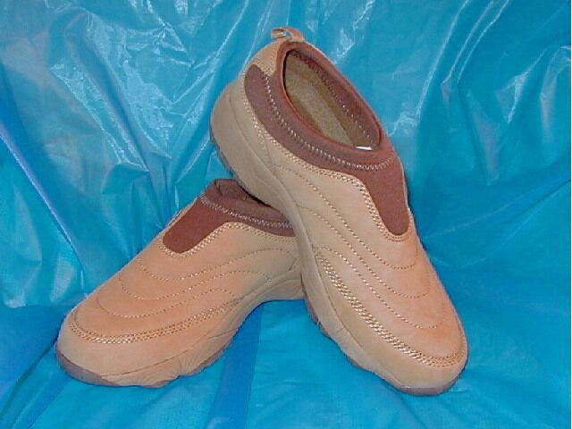 Propet Tan  Slip-on Walking shoes, 7 1 2  EE