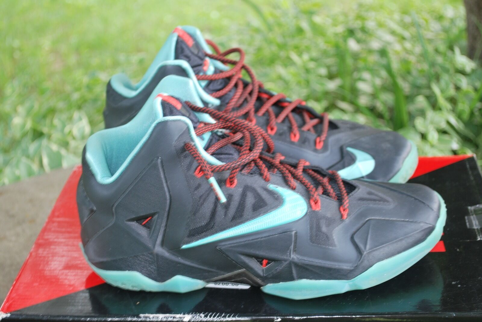 Uomo nero/blue nike lebrons shoes size 9.5