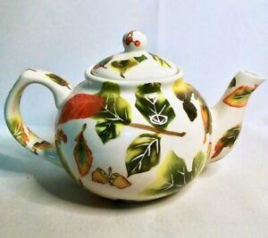 NANTUCKET-HOME-Teapot-Autumn-Fall-Leaves-Eggcorns