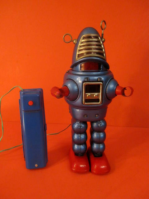 ORIGINAL YOSHIYA blu ROBBY PLANET ROBOT BATTERY OPERATED 1962 SPACE TOY