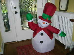 4 Gemmy Airblown Inflatable Snowman