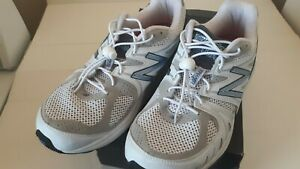 SIZE 11 Running Shoes 2E M1540WB1