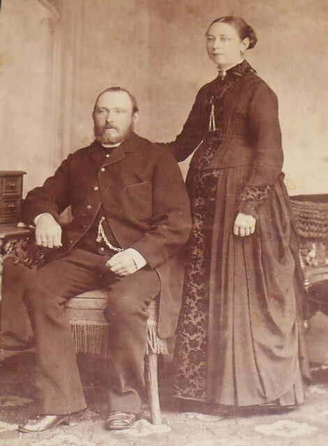 ANTIQUE CABINET PHOTO ELEGANT COUPLE FROM SCHLESWIG GERMANY 1880-90s