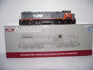 auscision-X35-V-LINE-X-CLASS-AM10942-suit-austrains-powerline