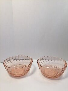 KIG-Pink-Raised-Poinsettia-Swirl-Design-Lot-Of-2-Tempered-Glass-Bowls-Indonesia