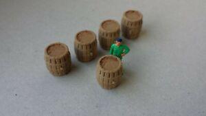 Lot 5 barriques tonneaux Ech 1/87 HO pour décor train  diorama  bateau maquette