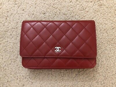 9b12c89a513b40 CHANEL CC Red Wallet On Chain WOC Lambskin - Excellent Condition | eBay