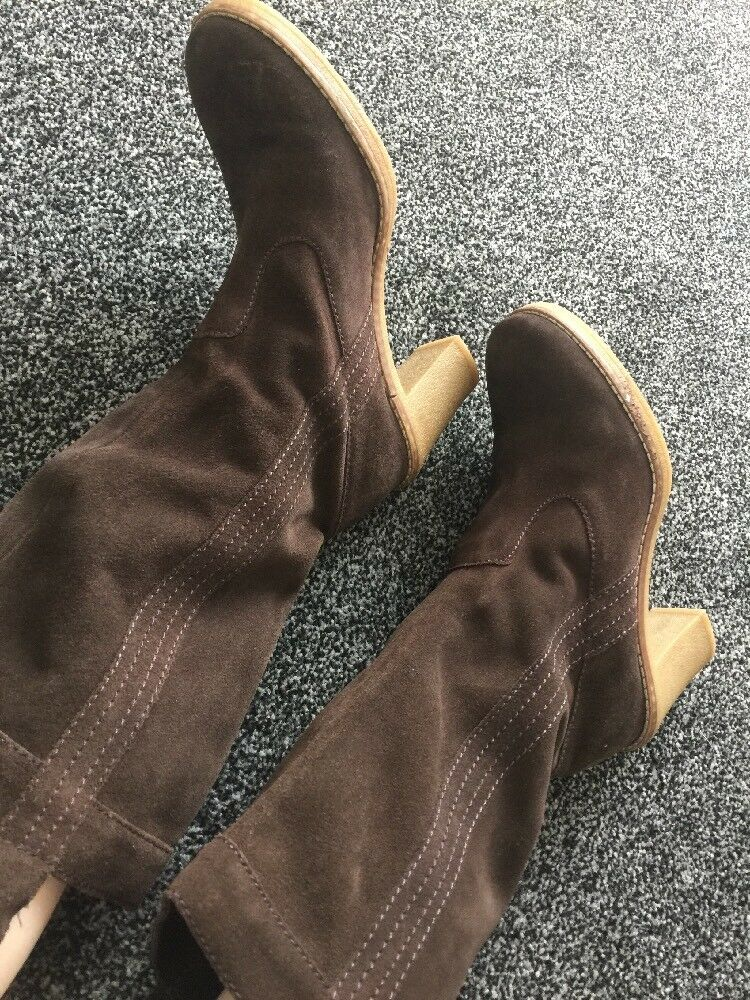 Brown Suede Boots Size 6 Used Good Condition