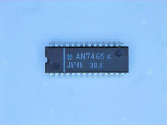New E KQ2H-04-01S EKQ2H0401S Push In Fitting 4mm X 1//8 Thread *Lot Of 10pcs*