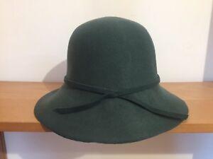 Caricamento dell immagine in corso Cappello -vintage-da-donna-tesa-larga-colore-verde- 96205eb71627