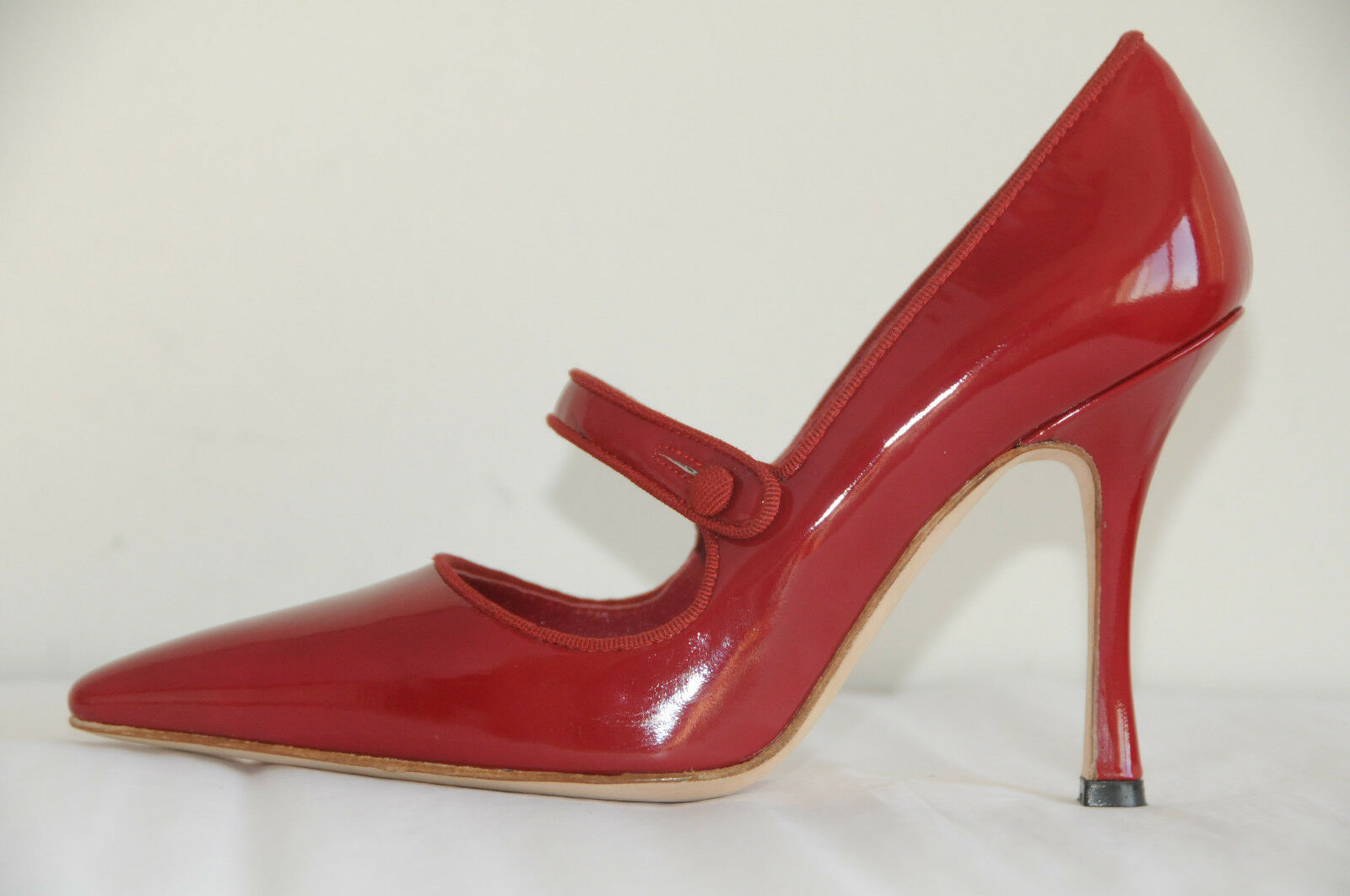 745 NEW MANOLO BLAHNIK Campari Mary Jane RED Patent Leather Pump SHOES 40.5