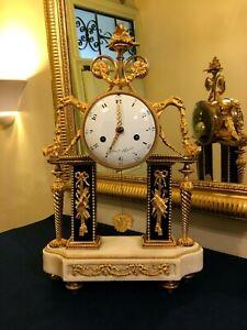 Pendule-Portique-d-039-Epoque-Louis-XVI-en-bronze-dore-et-Marbre-signee-Repond-Paris
