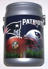 NFL NEW ENGLAND PATRIOTS FOOTBALL TEAM ZIPPERED INSULATED CASSEROLE FOOD CARRIER