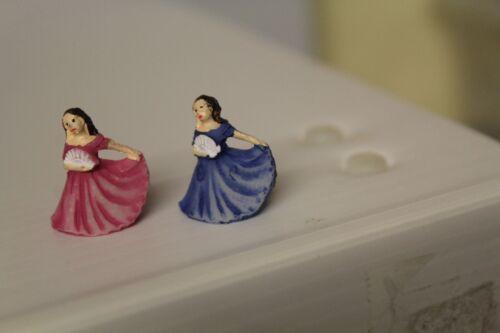 Dolls House 2 Tessuto Lady Ornamenti