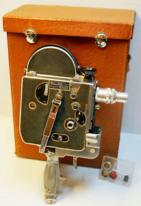 CAMERA-PAILLARD-BOLEX-H-8-LEADER-8-mm-1949-N-51713-POIGNEE-mount-034-D-034