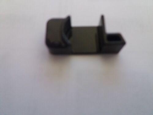 Peg Perego Auslöser für PVC-Verstellung rechts für Pliko P3 Mod schwarz
