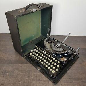 Imperial-The-Good-Companion-Model-1-Portable-Typewriter-Vintage-c1930s-War-Era