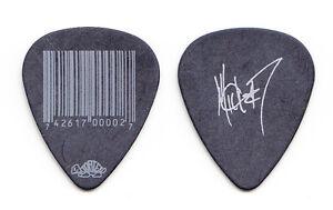 Slipknot-Mick-Thomson-Signature-Bar-Code-Black-Guitar-Pick-2012-Tour-7
