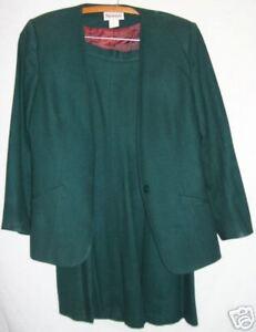 Woman S Business Dress Suit Dark Green 100 Wool Size 8 Ebay