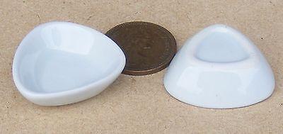 1:12 Scala 2 Bianco Ceramica Tricorner Piatti Casa Delle Bambole Accessorio In Miniatura W88-mostra Il Titolo Originale Vendita Calda Di Prodotti
