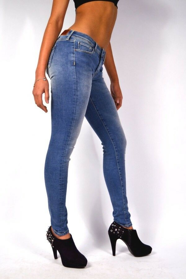 BRANDNEU  Pepe Jeans LOLA GE1 Hellblau Super Slim Skinny Fit Jeans mit Knack Po