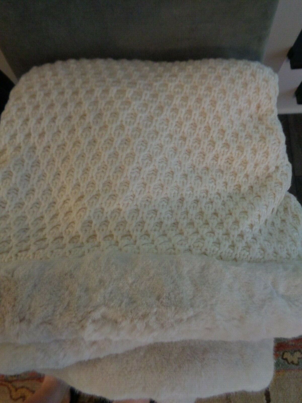 Pottery BARN CROCHET KNIT FUR TRIM  THROW-IVORY-50 X 60-NEW