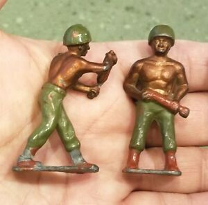 Vietnam-Mortar-CAST-METAL-SOLDIERS-with-Mortars-Ordinance-2-25-034-Made-in-England