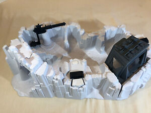 VINTAGE-1980-Star-Wars-Near-COMPLETE-HOTH-IMPERIAL-ATTACK-BASE-PLAYSET-KENNER