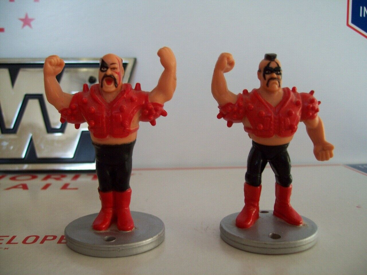 RARE HASBRO WWF MINI FIGURE ROAD WARRIORS LOD  WWE WcW ECW Pro Wrestling NWO nwa