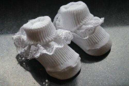30 x newborn baby booties